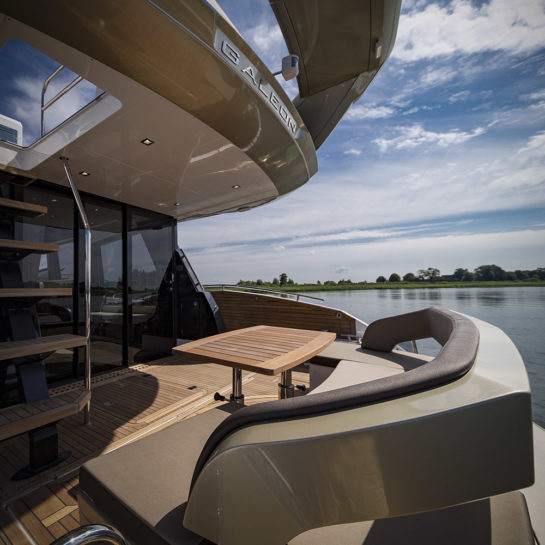 Galeon 500 FLY – custom edition