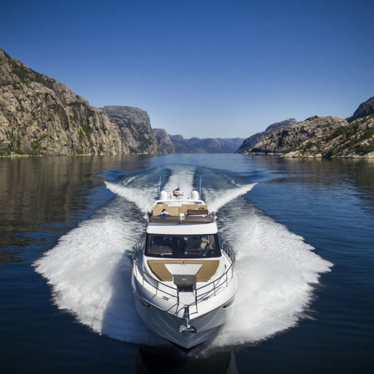 460 FLY – Fjord sea trial